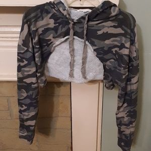 Active USA Camo Cropped Hoodie Top Sz L